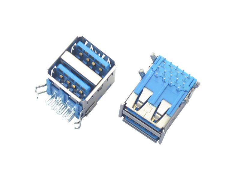 双层 USB 3.0 AF 90°
